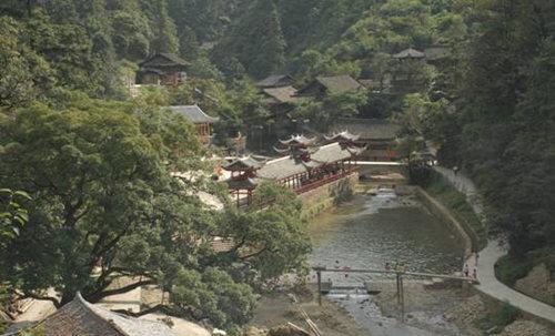 黎平国家森林公园:峰形奇秀 青山如黛